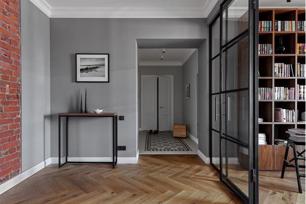 Фото №11 - Лаконичная квартира в старом доходном доме