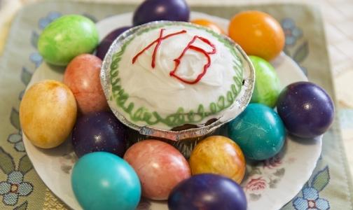 Фото №1 - Диетолог сказала, сколько яиц и кулича можно съесть на Пасху без вреда для здоровья