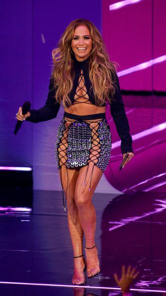 Фото №24 - Премия MTV VMA 2021: лучшие, худшие и самые яркие образы церемонии