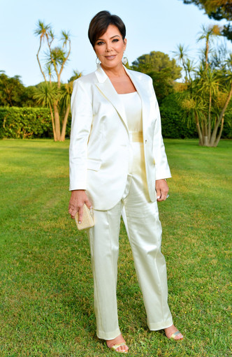 Фото №12 - Главная из Кардашьян: самые впечатляющие наряды Крис Дженнер