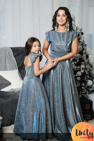Family look: бренды, которые шьют одежду для мам и дочек