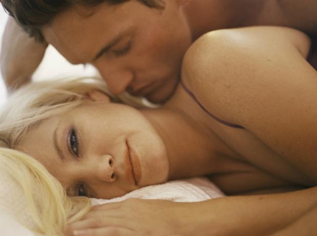 Фото №2 - Как разговаривать с мужчиной в постели