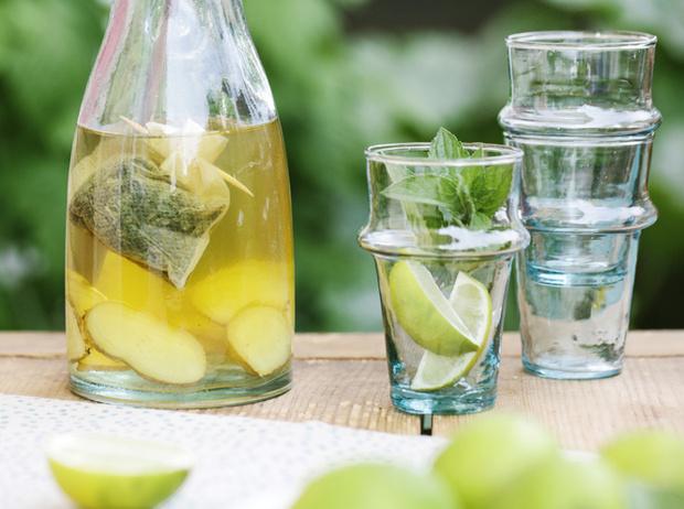 Фото №5 - Жажда жизни: пять рецептов «улучшенной» воды на каждый день