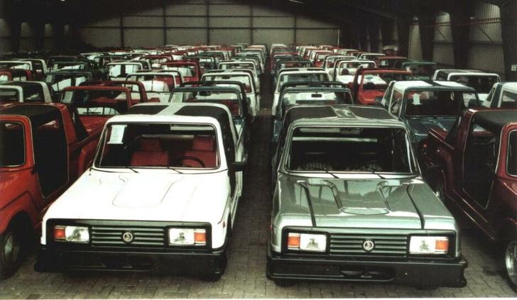 Большая часть из общего тиража «евростаров» на одном фото. Всего было выпущено около 250 джипичиков на базе ВАЗ-2105