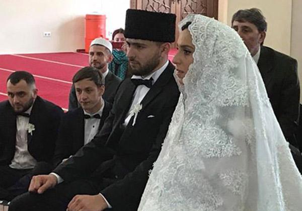 Победительница «Евровидения» певица Джамала вышла замуж фото
