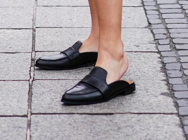 Фото №8 - Базовая обувь на лето: 4 варианта на все случаи жизни