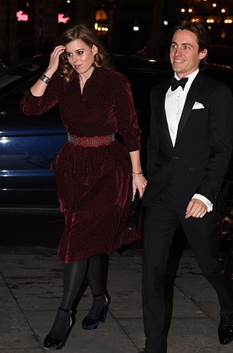 Фото №7 - Герцогиня Кэтрин, принцесса Беатрис, Виктория Бекхэм и другие звезды на гала-вечере в Лондоне