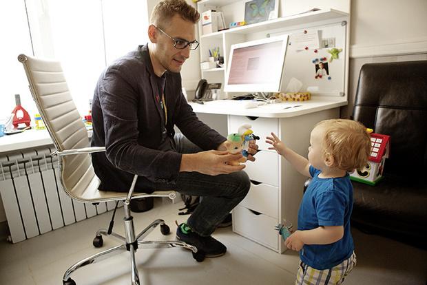 Федор Катасонов с ребенком