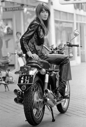 Фото №3 - Всегда модная Франсуаза Арди: женщина, которая изобрела парижский шик
