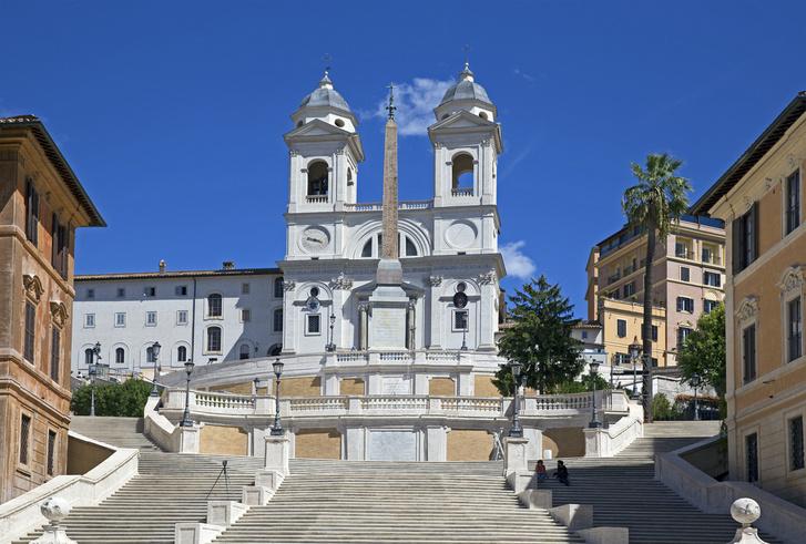 Фото №1 - Знаменитая Испанская лестница в Риме открылась после реставрации