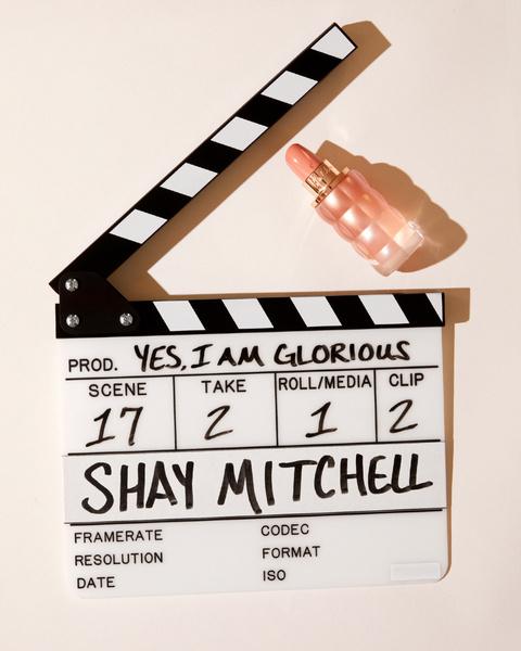 Фото №2 - Звезда «Милых обманщиц» Шей Митчелл— о втором сезоне «Куколки» и новом аромате Cacharel