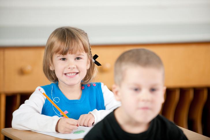 кто умнее мальчики или девочки, успехи в школе, ребенок плохо учится, мальчики девочки развитие, проблемы в школе
