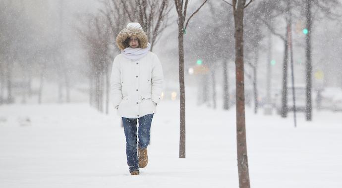 Почему зимой нам бывает грустно и что с этим делать