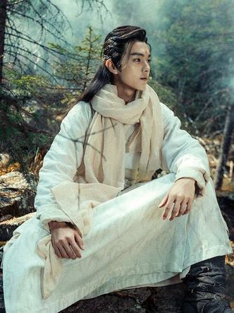 Фото №8 - Самые красивые китайские актеры 👼🏻