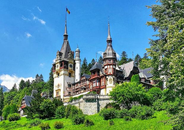 Фото №5 - В гостях у сказки: самые впечатляющие замки Европы
