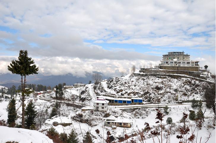 Фото №3 - Как снег на голову: 5 необычных горнолыжных курортов, куда можно успеть в этом сезоне