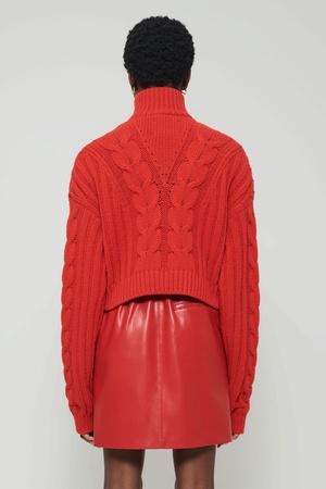 Фото №6 - Lady in red: Nanushka представили коллекцию в честь Китайского Нового года