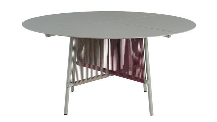 Фото №7 - Топ-10: лучшие столы 2020 года