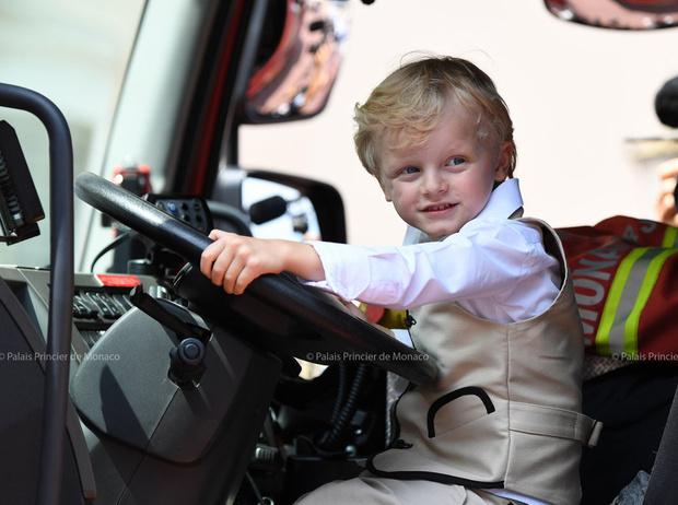 Фото №47 - Принц Жак и принцесса Габриэлла: четвертый год в фотографиях