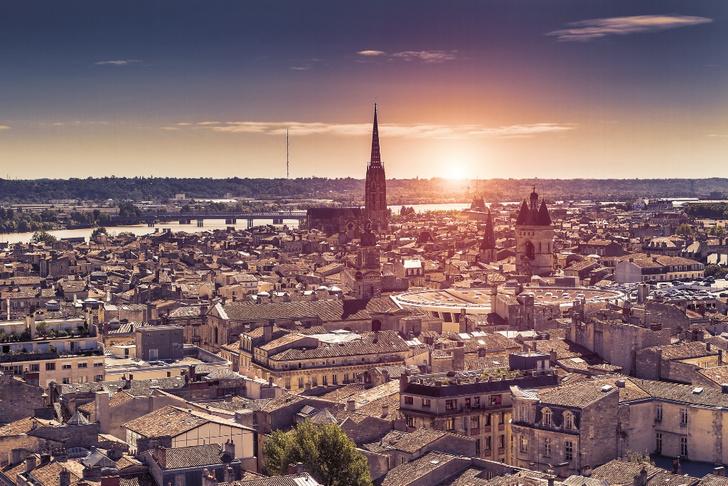 Фото №4 - Чемоданное настроение: 10 городов мира, куда стоит переехать в 2020 году