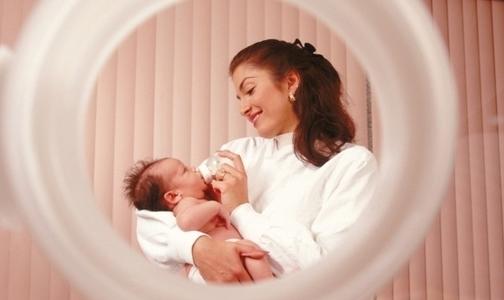 Фото №1 - В августе Петербург «недосчитался» 1000 новорожденных