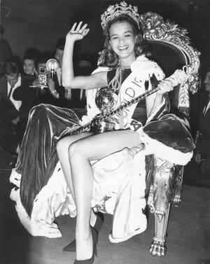 Фото №3 - Самые яркие победительницы «Мисс мира» за всю историю конкурса