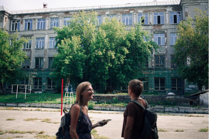 Фото №6 - «Магнетизм нахаловских фавел»— прогулка с экскурсоводом Евгением Антроповым