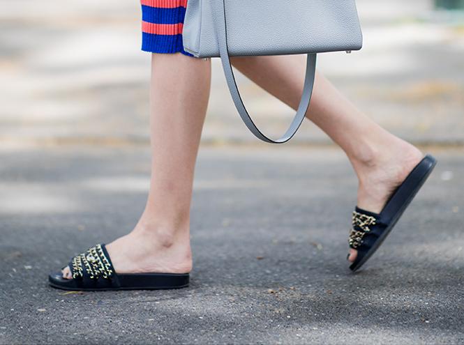 Фото №13 - Базовая обувь на лето: 4 варианта на все случаи жизни
