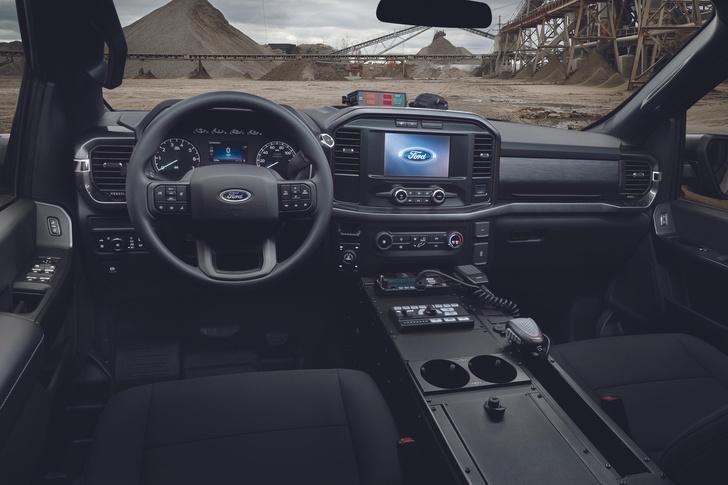 Фото №2 - 200 км/ч по бездорожью: Ford показал новый пикап для копов