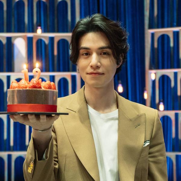 Фото №17 - Топ-20 самых красивых корейских актеров