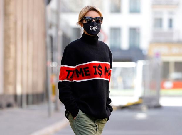 Фото №1 - Новая норма: как защитные маски стали главным трендом года