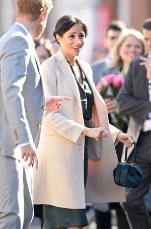 Фото №15 - Герцогиня Осознанность: какие эко-бренды носит Меган Маркл
