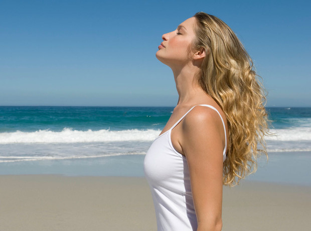 Фото №2 - Как ухаживать за волосами летом: советы экспертов