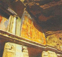Фото №2 - Пещерный монастырь
