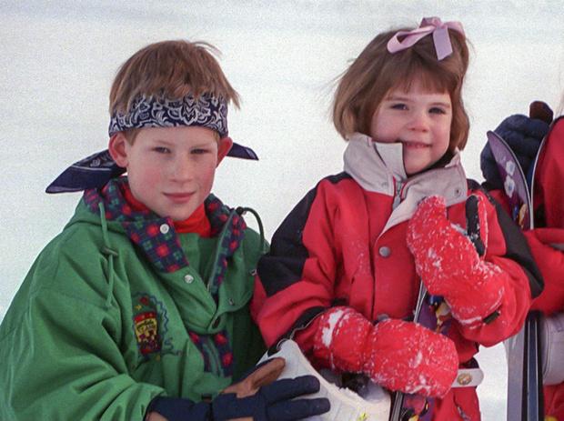 Фото №1 - Сестра и лучшая подруга: принц Гарри и его особые отношения с принцессой Евгенией