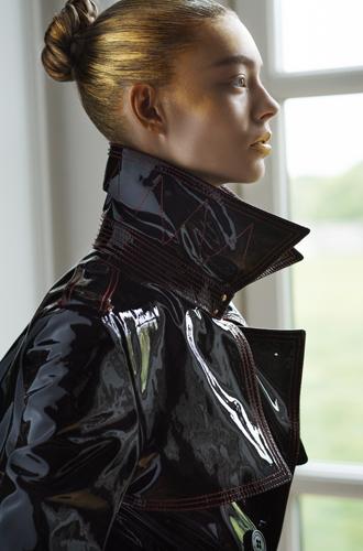 Фото №2 - Горшочек с золотом: мир парфюмерно-косметического люкса