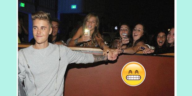Фото №6 - Кайли, Тейлор, Дрейк и другие звезды, которые пришли на выпускные своих фанатов