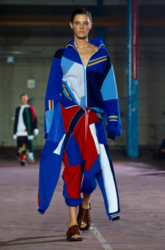 Фото №10 - Физкульт-привет: как носить одежду в спортивном стиле