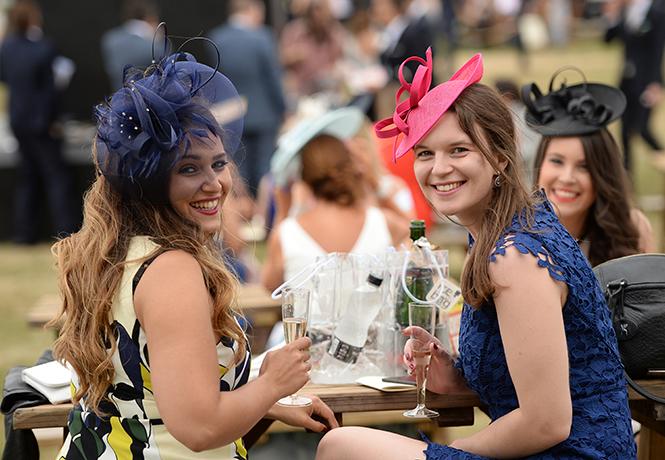 Фото №10 - Берегитесь женщин: яркие моменты 3-го дня на Royal Ascot 2017