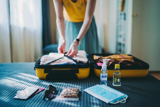 Фото №1 - Как собрать чемодан в отпуск?