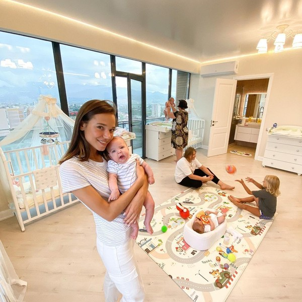 Фото №3 - «У нас будет 105 детей»: как россиянка и турок в Батуми строят семейную империю с помощью суррогатных мам