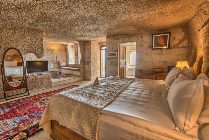 Фото №5 - Удивительный отель с номерами в пещерах в Турции