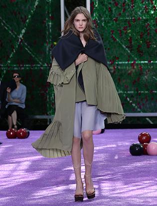 Фото №52 - Неделя Высокой моды в Париже: Dior Couture AW2015/16