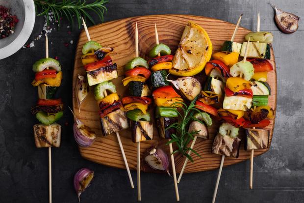 Фото №2 - Как приготовить овощи на гриле: 2 полезных рецепта