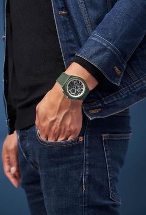 Фото №3 - Городские джунгли: Zenith представил новые часы в оттенке хаки