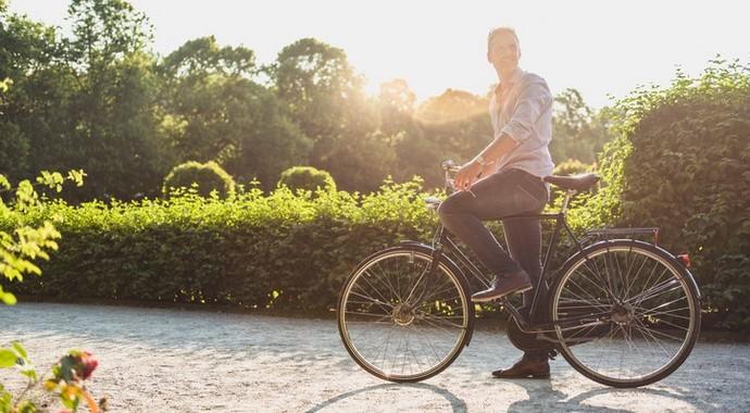 «7 утренних дел, которые помогли мне стать миллиардером»
