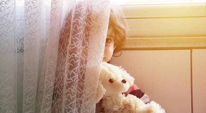 Можно ли родителям ходить обнаженными при детях?