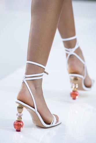 Фото №22 - Самая модная обувь весны и лета 2019