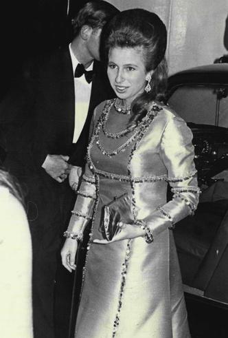 Фото №3 - Бунт во дворце: как принцесса Анна боролась с королевским протоколом