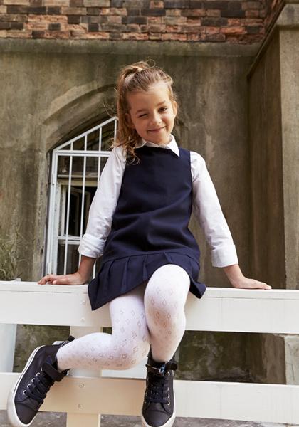 Фото №15 - Артём, Яна и Арсений Аршавины в рекламе школьной формы H&M